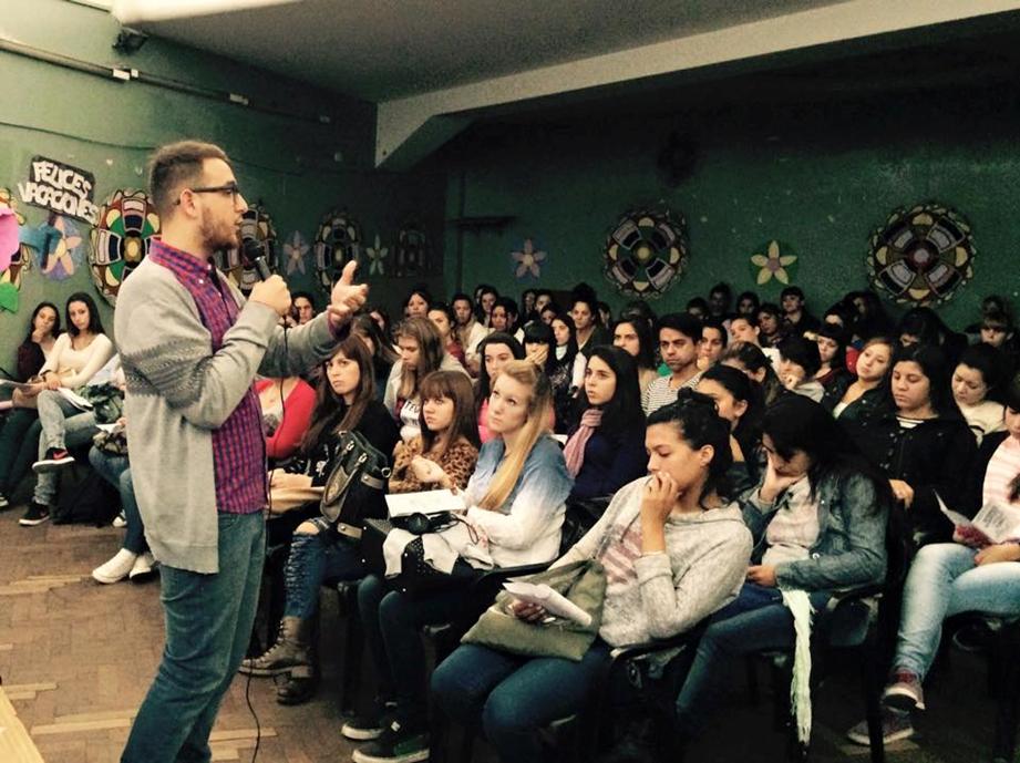 I s f d n 1 avellaneda abuelas de plaza de mayo for Instituto formacion docente